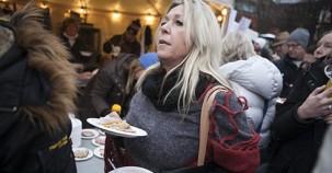 İsveç'te bedava jambon sandviç kuyruğu