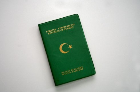 16-17 bin kişiye yeşil pasaport verilecek!