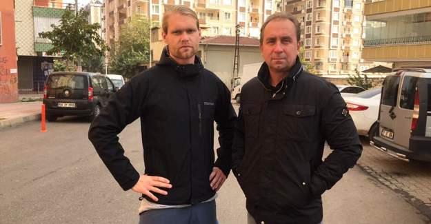 Diyarbakır'da 2 İsveçli gözaltına alındı