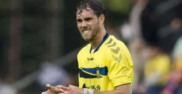Elmander, İkinci Lig'e transfer oldu!