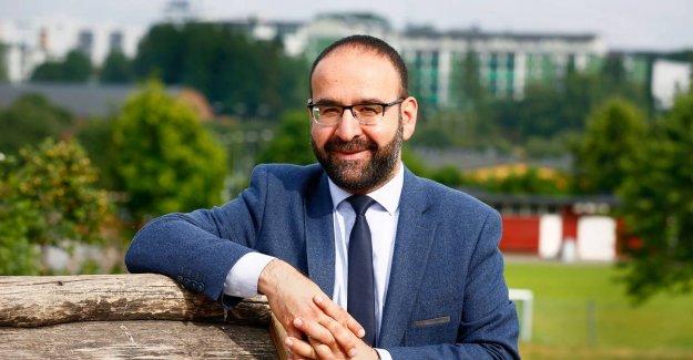 İsveç medyasından Bakan Mehmet Kaplan'a Linç Girişimi