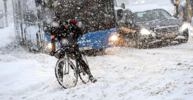 İsveç'te Kar Ara Verdi