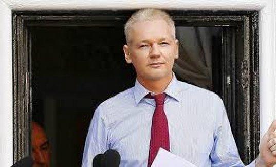 İsveçli savcılar Assange'ın ifadesini Londra'da alacak