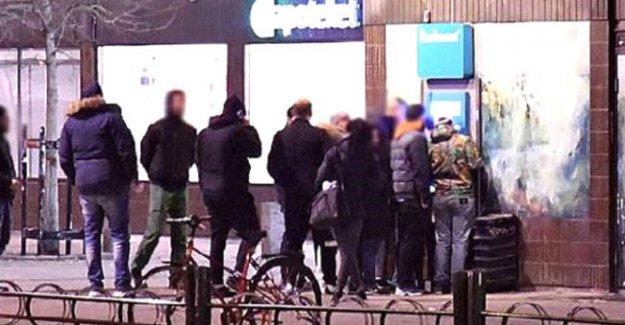 İsveç'te bankamatikler para saçtı