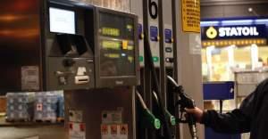 İsveç'te benzin fiyatlarında indirim!