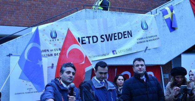 UETD'nin Pretosto Gösterisi İsveç Basınında Geniş Yankı Buldu