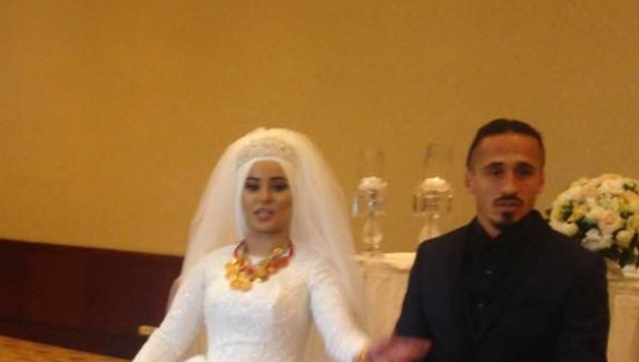 Ünlü futbolcu İsveç'ten evlendi