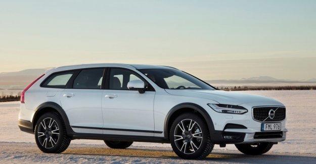 Volvo 90 Serisi'ni tamamlıyor: V90 CrossCountry
