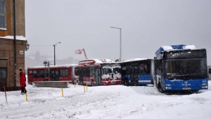 Stockholm'deki kar kaosu kamerada