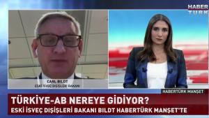 İsveç Eski Dışişleri Bakanı Carl Bildt, Türkiye'ye tavır alan AB'yi eleştirdi...