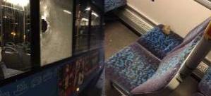 İsveç'te belediye otobüsüne taşlı saldırı: 1 yaralı