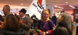 İsveçli Kadın Aktivist İsrail'e Ateş Püskürdü