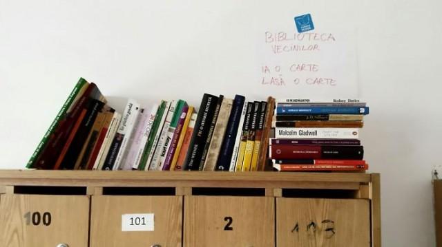 """""""Komşularım bu girişimimi çok beğendiler ve onlardan da kitaplarını getirenler oldu"""""""