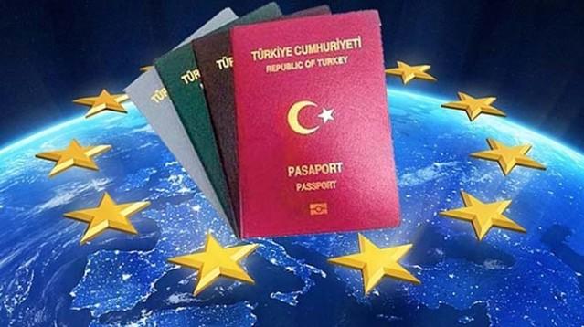 """Türkiye ile AB vize serbestisi için eksik kalan 5 kriterden 4'ünün yerine getirilmesi için anlaştı. Terör yasalarında değişikliğe ilişkin kriter üzerindeki anlaşmazlık """"dürüst arabulucu"""" yöntemiyle çözülecek"""