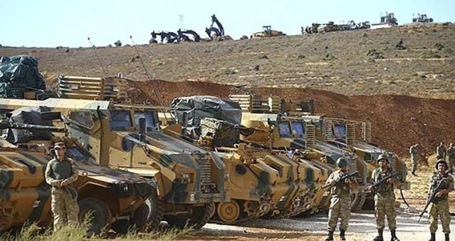 TÜRK ASKERİ İDLİB'TE HANGİ NOKTALARDA?  Türk askeri Halep kırsalından İdlib'e geçerek, beşinci gözlem noktasını oluşturmak üzere. Bugüne kadar dört bölge bizim kontrolümüze geçti. Salva köyü, Saman bölgesi, Şeyh Akil tepesi ile El Eis kasabalarında Türk askerinin gözetleme kuleleri bulunuyor. Türk askerinin İdlib'deki gözetleme noktalarından 3'ü Afrin sınırına yakın.