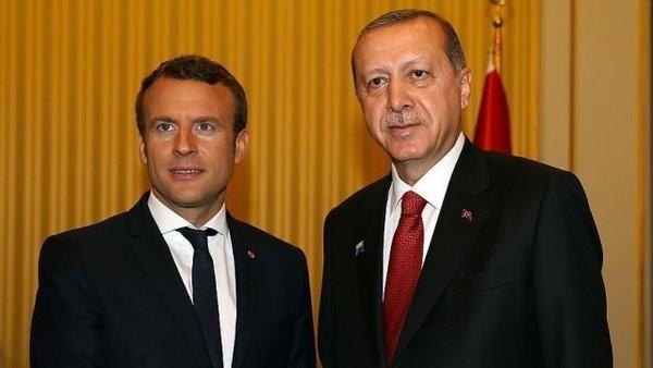 """HANGİ ÜLKELER, ALMANYA'NIN KARŞISINDA TÜRKİYE'NİN YANINDA YER ALDI?  Fransa Cumhurbaşkanı Macron, """"Türkiye başta göç sıkıntısı ve terör tehdidi olmak üzere bugün karşı karşıya olduğumuz birçok krizde hayati bir ortağımız olmasından dolayı ilişkilerin kopmasına karşıyım"""" dedi.   AB dönem başkanı Estonya'nın Dışişleri Bakanı Sven Mikser, Finlandiya Dışişleri Bakanı Timo Soini, Litvanya Dışişleri Bakanı Linas Linkevicius de Türkiye ile ortaklığın önemine dikkat çekti.  Son olarak Lüksemburg Dışişleri Bakanı Jean Asselborn da Türkiye ile müzakerelerin durdurulmasının olası görünmediğini söyledi ve kanalların açık olması gerektiğini belirtti."""