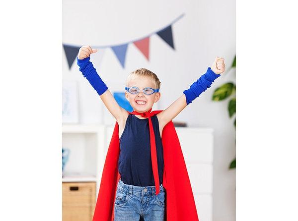 Kendine güvenmeyi öğretin  Özellikle ergenlik döneminde, çocuklar potansiyel sınırları hakkındaki olumsuz düşüncelerinin kurbanı olabilir. Çocuk psikiyatrisleri ebeveynlerin çocuklarına kendilerine güvenmeleri gerektiğini öğretmeleri konusunda ısrarcı bir tutum sergiler. Takım sporlarına katılmak ve sosyal aktiviteler de özgüven edinmek için etkili yollardır.