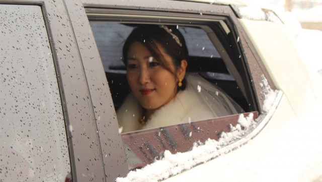 Güney Koreli Dr. Eunjoo Ham ile Hakkarili Emrah Kaya çifti görkemli bir düğün töreniyle dünya evine girdi.