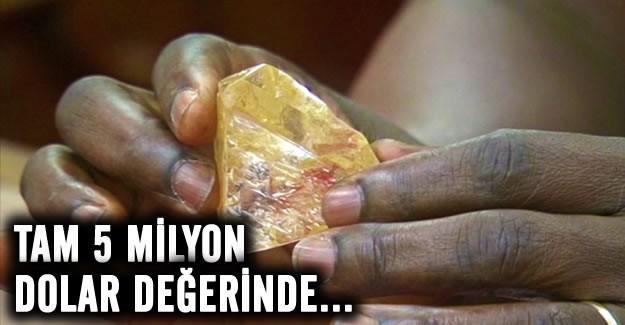 Batı Afrika ülkesi Sierra Leone'nin zengin elmas madenleriyle bilinen Kono ilçesinde bir papaz, değerli taş ararken 706 karatlık bir elmas keşfetti  Dünyanın en büyük 20. elmasının 5 milyon dolar değerinde olduğu tahmin ediliyor.