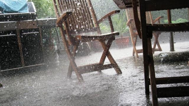 Yağmurun oluşturduğu zor şartlardan bazı görüntüler...