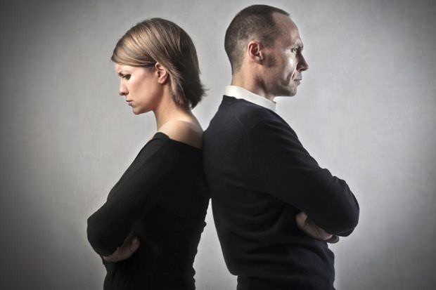 Eşler arasındaki aşk kaç yılda bitiyor? Aşkın bir ömür süreceği düşüncesi ne yazık ki doğru değildir.