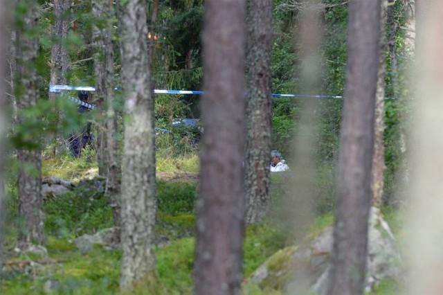 İsveç'in Başkenti Stockholm'ün UPPLANDS VÄSBY bölgesinde kaybolan ve kendisinden haber alınamayan 21 yaşındaki genç kız bir süre sonra ölü olarak bulundu.