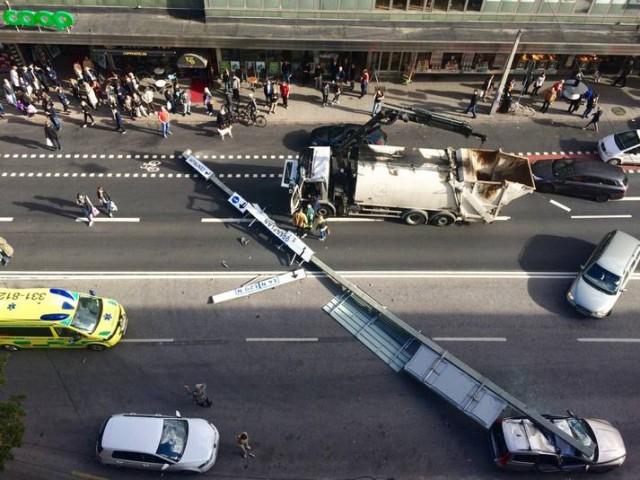 Stockholm'de meydana gelen facia gibi kazanın görüntüleri.