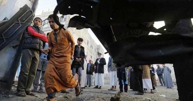 8-ORTADOĞU'DA KAÇ İŞSİZ VAR? Ortadoğu ülkeleri iç savaş, katliam ortamı, şiddet olayları ve ağır ekonomik kriz şartlarıyla tam bir ateş çemberine dönüşmüş durumda. Ölenler, mülteci konumuna düşenlerle birlikte bir de yaşadıkları şehirlerde savaş olmamasına rağmen ekonomik krizler nedeniyle perişan olanlar var, bugün Ortadoğu ülkelerinde tam 20 milyon Arap genci işsiz durumda.
