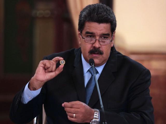 Dünya'da değer kaybı yaşayan paraların zirvesinde bulunan Venezuela para birimi ulaştığı değer kaybı hükumeti para birini değiştirmeye itti.