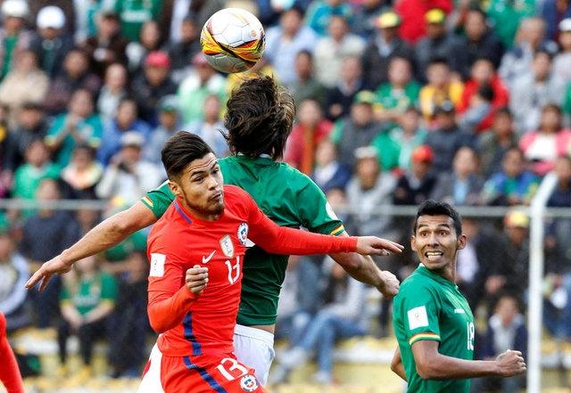 Paulo Diaz, Arjantin'in San Lorenzo takımında forma giyiyor. 23 yaşındaki genç oyuncu, stoper pozisyonunun yanı sıra sağ bekte de forma giyebiliyor. Bu sezon 30 maçta 3 gol ve 3 asistle öne çıkan Diaz, Şili Milli Takımı'nda da 8 kez forma giydi. Kulübüyle 1.5 yıl daha sözleşmesi bulunan Diaz'ın piyasa değeri 4 milyon Euro civarında...