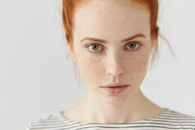 Yeşil gözler  Çevrelerindeki insanlar üzerinde en hızlı etkiyi yeşil gözlüler bırakıyor. Çoğu insan yeşil gözlüleri, çekici, gizemli ve hatta seksi buluyor.