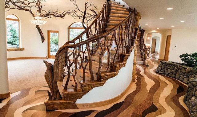 Merdivenler için ise bölgeye özgü yerel bir ağaç kullanıldı. Sanatçılar, tasarımlarıyla doğal bir görünüm yaratmaya çalıştı.