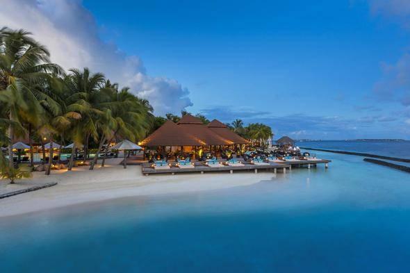 9 - Andilana Beach Resort (Nosy Be, Madagaskar)  10 - Kurumba Maldives (Vihamanafushi, Maldivler)  11 - Secrets Maroma Beach Riviera Cancun (Playa Maroma, Meksika)