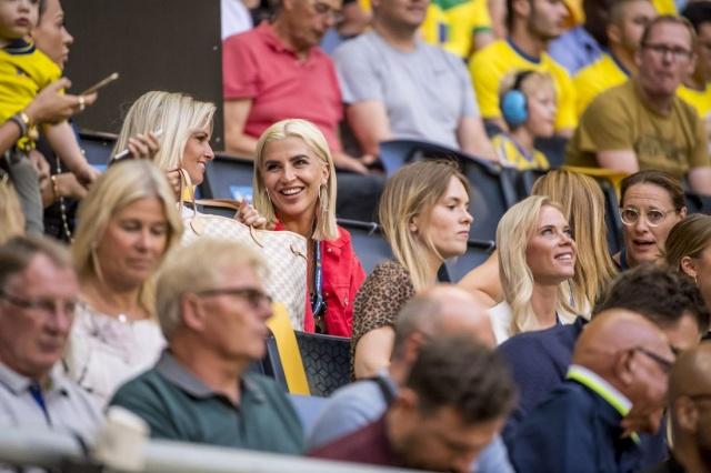 Bugün Güney Kore ile ilk maçına çıkacak olan İsveç'e başarılar dileriz.