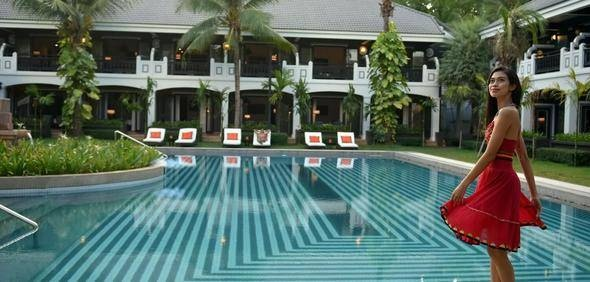 10 - Hanoi La Siesta Hotel Trendy (Hanoi, Vietnam)  11 - Shinta Mani Shack (Siem Reap, Kamboçya)