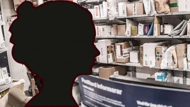 """Başkent Stockholm'deki bir ICA mağazasının posta, paket servisinde çalışanın hırsızlıktan yakalandığı bildirildi.  Edinilen bilgilere göre, Postnord'an gelen müşteri paketlerini çalan 54 yaşında kadının yaklaşık 30 kez hırsızlık yaptığı tespit edildi.  Güvenlik şefi Alexis Larsson, kişinin suçüstü yakalandığını söyledi.  Müşterilerin paketleri Stockholm bölgesindeki Ica mağazasındaki posta acentesine teslim edildi , ancak daha sonra bu paketler iz bırakmadan kayboldu.  Postnord birkaç şikayet aldıktan sonra, kapsamlı bir araştırma çalışması başlattı.  Post'un güvenlik departmanı başkanı Alexis Larsson, Postnord Security'de, kalite sapmalarımızın nerede olduğunu görmek için şikayet verilerini sürekli olarak analiz ediyoruz, böylece herhangi bir sorun olursa düzeltebiliriz"""" dedi.   """"Müşterilerimizin mallarıyla ilgili bir suç olduğuna inanıyorsak çok ciddiye alıyor ve detaylı çalışma yapıyoruz."""""""