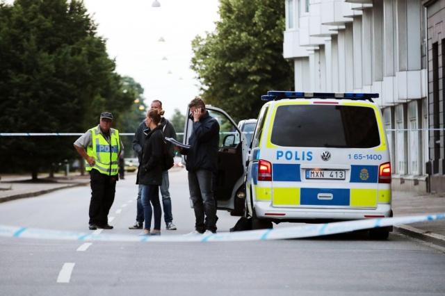 Saldırının polis karakoluna yakın bir noktada gerçekleştiği açıklandı. Polis görgü tanıklarının bilgi vermesi konusunda vatandaşların duyarlı olması gerektiğini belirterek, saldırıyı düzenleyen kişi/kişilerin yakalanması için geniş çaplı çalışmalar yürütülüyor.