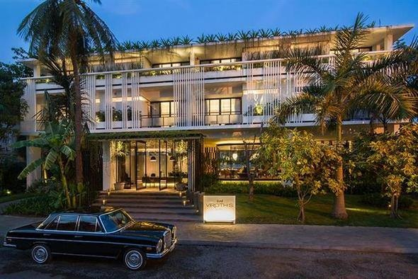 6 - Viroth's Hotel (Siem Reap, Kamboçya)  7 - Stradonia Serviced Apartments (Krakow, Polonya)