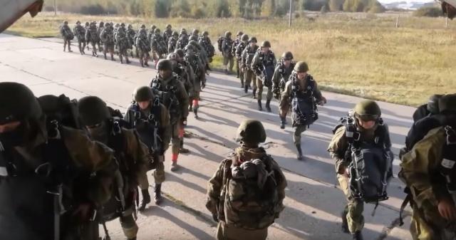 Rusya, Çin, Kırgızistan, Pakistan, Hindistan, Kazakistan, Tacikistan ve Özbekistan ordularının da iştirak edeceği 'Tsentr-2019' adlı tatbikatına başladı.