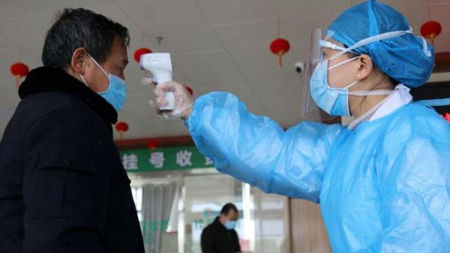 Çin Hanta virüsü şoku yaşıyor. Yunnan eyaletinde bir şahıs otobüste yaşamını yitirdi. Şahsın hanta virüsü taşıdığı belirlenince 32 yolcu karantinaya alındı.
