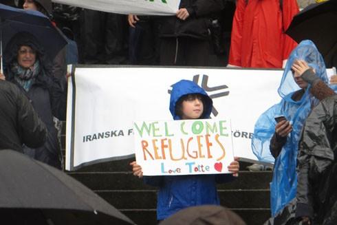 Mülteci krizinin yaşandığı Avrupa'da en olumlu davranış İsveç'ten geldi.