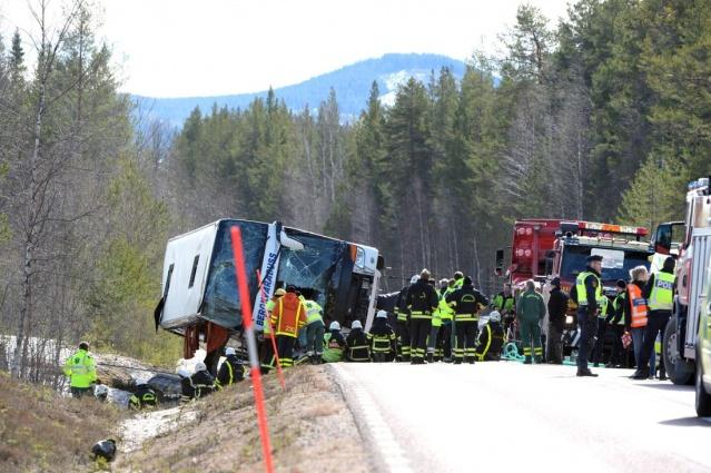 2 Nisan'da İsveç'in Siksjön bölgesinde bulunan E45 karayolunda birden direksiyon hakimiyetini kaybeden otobüs sürücüsü Klas Adolfsson olaya dair medyaya konuştu.