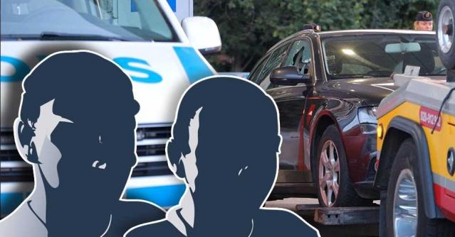 Pazartesi akşamı Upplands-Bro'da bir aile arabada vuruldu. Nitelikli soyguna teşebbüs ve ağır silah suçu şüphesiyle Salı günü gece saatlerinde iki kişi yakalanarak gözaltına alındı.  Savcılar iki adamın cinayete ve soyguna teşebbüs olmak üzere ağır silah suçundan tutuklanmasını talep etti.
