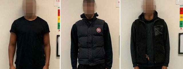 Geçen yıl 2 Eylül'de , Stockholm'ün kuzeyindeki Upplands Väsby'deki bir araba şirketinde maskeli hırsızlar mesainin bitimine yakın ortaya çıktı.  Birkaç gün önce, genç bir kadının araba şirketini ziyaret ettiği, binaları ve arabaları fotoğrafladığı söyleniyor. Daha sonra resimleri şirketin binasının dışındaki bazı kişilere gösterdiği söylendi. Savcı, soygun öncesinde keşif yapıldığını ve dışarıdaki kişilerin şu anda Attunda Bölge Mahkemesi tarafından mahkum edilen üç kişi olduğunu iddia etti.