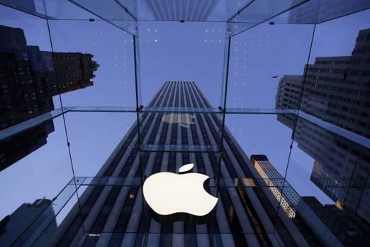 2. Apple  Apple'ın markası geçen yıl yüzde 28 arttı, teknoloji şirketi markası 301 milyar doları aşmaya değer.  Teknoloji devlerinin üst düzeydeki hakimiyeti iyi oluşturulmuştur - teknoloji şirketleri BrandZ 100'ün en büyük markasının yarısından fazlasını oluşturmaktadır.