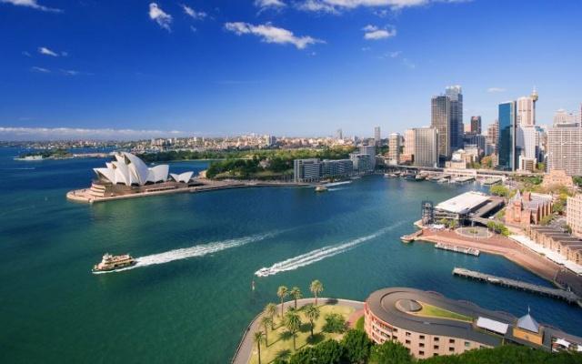 13. Avustralya -%2,7