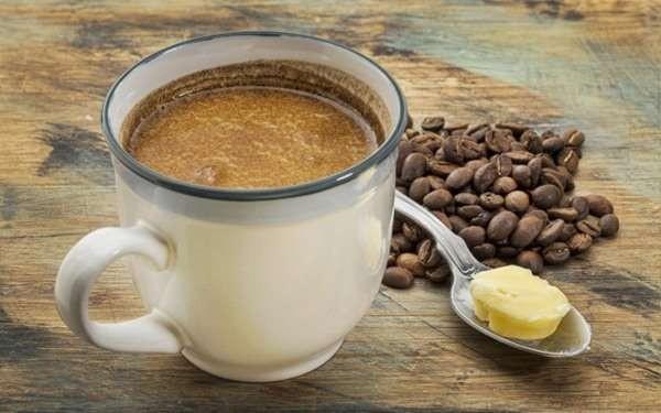 Kahvenizi sütlü veya sade mi içersiniz? Artık fikriniz değişebilir, çünkü kahveye yağ eklerseniz mucizevi faydalar sağlıyor!