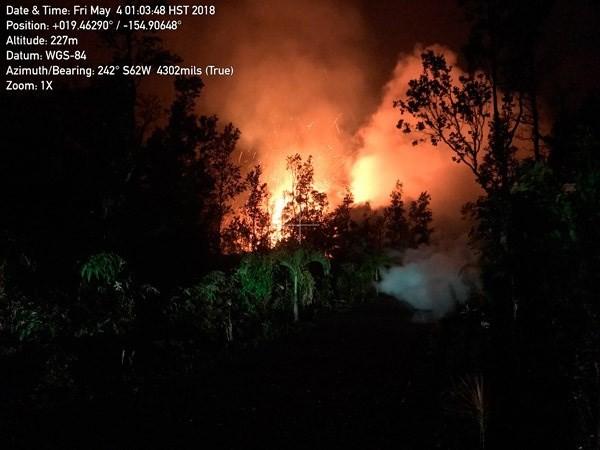 Kilauea Volkanı, 1980'lerden bu yana üç kez faaliyete geçti ve gökyüzüne lav püskürttü.