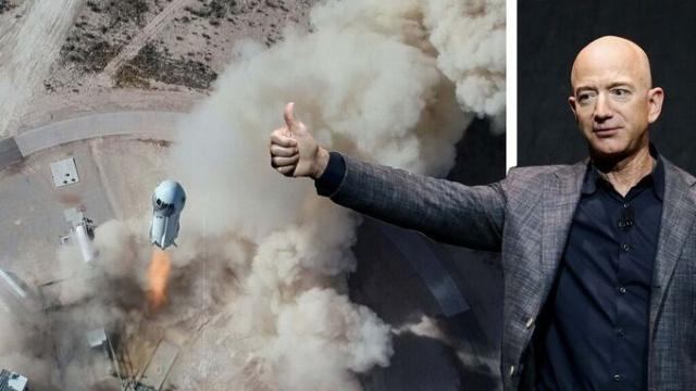 Dünyanın en zengin insanlarından Jeff Bezos, şirketi Blue Origin'in 20 Temmuz'daki insanlı uzay uçuşuna kardeşi ile birlikte katılacağını açıkladı.  ABD'li e-ticaret devi Amazon'un kurucusu Bezos, sahibi olduğu uzay turizmi şirketi Blue Origin'in insanlı ilk uzay uçuşunda yer alacak.  Pazartesi günü yaptığı açıklamada Bezos, kendi uzay turizmi şirketi Blue Origin'in ilk uzay uçuşuna kardeşi ile birlikte katılacağını açıkladı.
