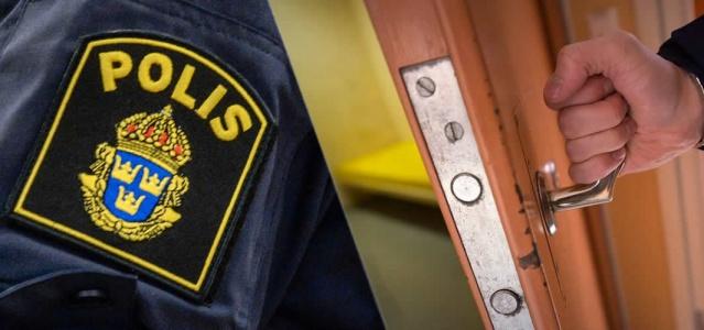 Bu sabah saat altıda Norrköping'deki polis merkezindeki gözaltında bir kişi ölü bulundu. Kişiyi bulan polis, canlandırma girişiminde bulunurken aynı zamanda ambulans çağırıldı. Ambulansla hastaneye kaldırılan kişinin hayatını kaybettiği bildirildi.  Bu sabah erken saatlerde özel savcılıkta savcılar tarafından görevi kötüye kullanmayla ilgili bir ön soruşturma başlatıldı. Tutuklama engellendi ve adli tıp teknisyenleri sabah saatlerinde adli tıp incelemesi yaptı.